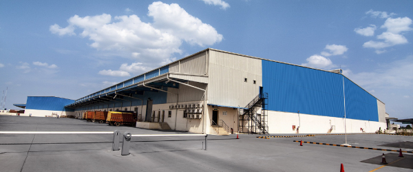 Industrial Oversight: Tips for Touring a Warehouse Space